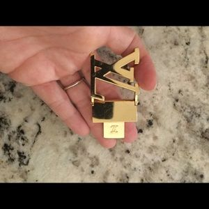 VL gold piece